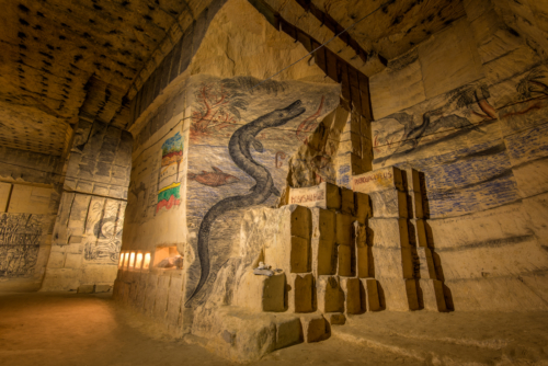 Ondergronds museum in de Grotten van Kanne