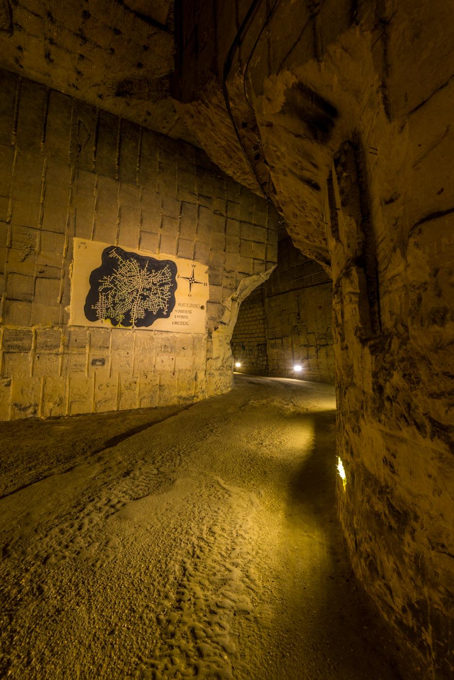 Rondleiding door de Grotten van Kanne